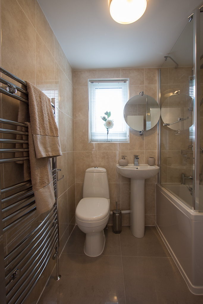 2 Bed Bexhill Bathroom